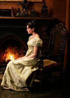 "Anne Hathaway - ""Becoming Jane"" Jane Austen Book Club, Jane Austen Movies, Becoming Jane, Regency Gown, Regency Era, Women's March On Versailles, The Other Boleyn Girl, Pride And Prejudice 2005, Anne Hathaway"