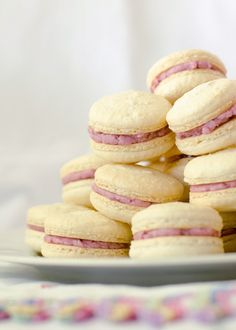 Macarons with Fresh Blueberry Buttercream