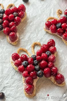 Easy 5-Ingredient Cream Cheese Berry Butterfly Tarts Recipe
