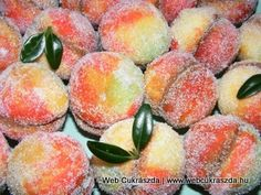 Lagzis barack Hungarian Recipes, Hungarian Food, Macarons, Christmas Cookies, Wedding Cakes, Food And Drink, Peach, Candy, Baking