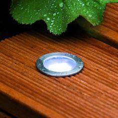 SPOTS LED ENCASTRABLES DE TERRASSE RONDS KIT DE BASE - Paulmann Tension : 220/12V Consommation en Watt : 3W Couleur de LED : blanc froid (7000K) Durée de vie : 50 000h Norme de protection: IP65 Poids net: 1.3KG  Diamètre d'encastrement : 33 mm Profondeur d'encastrement : 45 mm Diamètre apparent : 44 mm