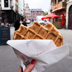 Oh! ❤️ Belgian Waffles .. Just perfect! #Antwerpen #waffles #breakfast #food #foodie #foodporn #foodgasm #instagood #instacool #instalove #instamood #instafood #tflers #tbt #yummy #tasty #delicious #love #picture #picoftheday #photography #photooftheday #follow #folllowme #follow4follow #belgien #belgium #brussels #bruxelles #leuven