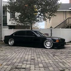 What a 7 series limo 🖤🖤 Owner Please note: Photo Tagged by ! Bmw 740, Bmw Alpina, Honda City, Bmw 7 Series, Cars Motorcycles, Touring, Volkswagen, Porsche, Automobile