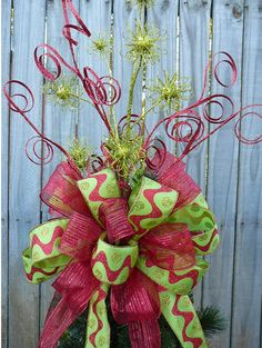 Christmas Tree Topper Double Sided Tree Top Bow by HornsHandmade Basement grinch tree topper All Things Christmas, Winter Christmas, Christmas Holidays, Christmas Wreaths, Christmas Decorations, Christmas Ornaments, Grinch Christmas, Green Christmas, Tree Decorations