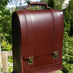 #leather #handmade #handcrafted #craft #inspiration #idea #handswing #custom #leathergoods #sadeleatherofficial #man #manfashion #respost #instagram #ankara #istanbul #izmir by sadeleatherofficial #tailrs