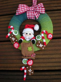 Santa Claus - Crochet Pattern - wreath pattern - Crochet christmas Wreath…