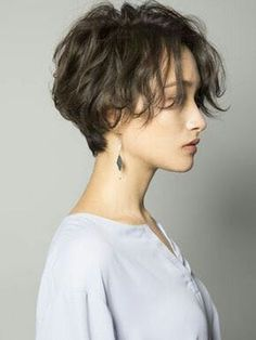 Shot Hair Styles, Curly Hair Styles, Short Hairstyles For Women, Bob Hairstyles, Short Hair Girls, Short Haircut For Girls, Short Female Hairstyles, Short Girl Hairstyles, Short Hair For Women