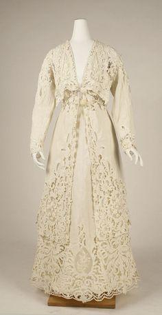 Linen and Cotton Lace Suit 1904 Edwardian Clothing, Edwardian Dress, Antique Clothing, Historical Clothing, Edwardian Era, Victorian Dresses, 1920s Dress, Victorian Gothic, Gothic Lolita