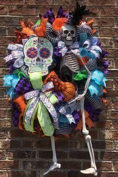 Halloween Front Doors, Halloween Mesh Wreaths, Halloween Porch, Diy Halloween Decorations, Fall Halloween, Fall Door Wreaths, Mexican Halloween, Autumn Decorations, Dollar Tree Halloween