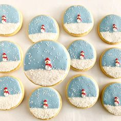 starts again with these simple snowmen of our . starts again with these simple snowmen of our ., starts again with these simple snowmen of our . starts again with these simple snowmen of our . Christmas Sugar Cookies, Christmas Snacks, Christmas Cooking, Christmas Goodies, Holiday Cookies, Christmas Candy, Christmas Tree, Christmas Chocolate, Simple Christmas