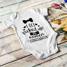 Personalized baby bodysuit for boys. In white or black color. White short sleeves, lap shoulders, and bottom snaps. Boy Onesie, Baby Bodysuit, Onesies, Personalized Baby Gifts, Funny Babies, Refashion, Bodysuits, Little Ones, Baby Shower Gifts