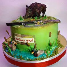 Hunting Birthday Cakes, Shark Birthday Cakes, Man Birthday, Camo Cakes, Deer Cakes, Animal Cakes, Cakes For Men, Little Cakes, Halloween Cakes