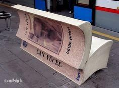 """Необычные скамейки в Стамбуле. Каждая такая """"книга"""" открыта на самом интересном месте, тексты написанные на листах — настоящие цитаты из книг 18 разных турецких писателей...."""