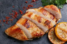 How to make easy oven baked chicken breast recipe with seasoning? Healthy spicy chicken Recipe is a classic boneless food made with different seasoning Roasted Chicken Breast, Marinated Chicken, Diabetic Recipes, Cooking Recipes, Healthy Recipes, Healthy Meals, Chicken Marinades, Chicken Recipes, Recipe Chicken