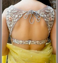 Must check out the new styles of Indian saree blouse designs front and back styles. All of these saree blouse designs are full of attractive colors. Lengha Blouse Designs, Choli Designs, Saree Blouse, Blouse Patterns, Sexy Blouse, Sleeveless Blouse, Indian Blouse Designs, Bow Blouse, Floral Blouse