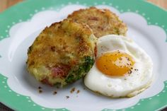 Look at this recipe - Tenderstem Bubble and Squeak with Caramelised Onions, Crisp Bacon and Eggs - and other tasty dishes on Food Network. Bacon Recipes, Egg Recipes, Vegetarian Recipes, Yummy Recipes, Recipies, Cooking Recipes, Netmums Recipes, Recipe For Bubble And Squeak, Lentil Potato Soup