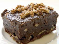Double Fudge Kahlua Brownies - New gourmet recipes Fudge Brownies, Brownie Bar, Chocolate Brownies, Hershey Brownies, Bean Brownies, Healthy Brownies, Healthy Desserts, Irish Desserts, Grilled Hamburger Recipes