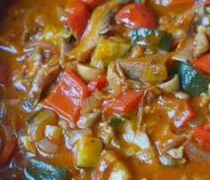 Kurczak zapiekany w ryżu z warzywami - danie przygotujesz w piekarniku Quesadilla, Mozzarella, Pork, Feta, Ethnic Recipes, Sweet, Blog, Kale Stir Fry, Candy