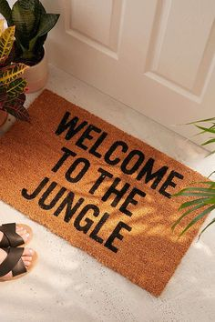 How to Bring Elements of the Jungle Into Your Home #homedecor #summer #trending #homeideas