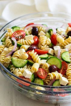 10 easy scrumptious delishes salad recipes to die for, the best choices by far. Yummy. Advertisement - Continue below Honey mustard chicken, avocado and bacon salad Beetroot and feta cheese Thai cashew chopped salad with a ginger peanut sauce Grilled ginger sesame chicken chopped salad Chickpea avocado and feta salad Join us on Facebook! Asparagus …