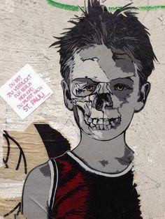 ... Du musst nach St. Pauli  #streetart