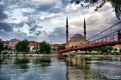 Nevşehir iline bağlı ünlü ilçe Avanos'tan müthiş bir kızılırmak, köprü ve camii manzarası… Fotoğrafcı (Photographer): Mustafa Taşkın