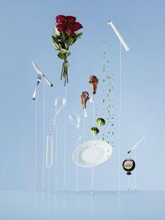 Anything can Fly è una campagna creata dal fotografo svedese Carl Kleiner per la compagnia Avios.