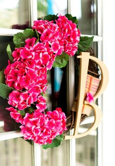 Geranium Monogram Wreath & My Secret Pinterest Boards - It All Started With Paint Pink Wreath, Hydrangea Wreath, Pink Hydrangea, Floral Wreath, Initial Door Wreaths, Monogram Wreath, Monogram Letters, Burlap Ribbon, Wreath Ideas