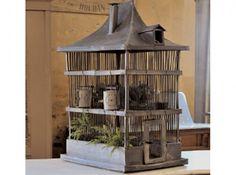 Cage à oiseaux: old zinc birdcage.
