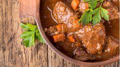 14 αγαπημένες συνταγές με μοσχάρι στην κατσαρόλα - Φαγητό - αθηνόραμαUmami.gr