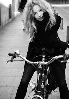Christina Rosenvinge #fashion #bike