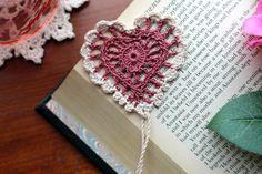 Crochet bookmark heart tea rose and ecru Valentine's by Draiguna