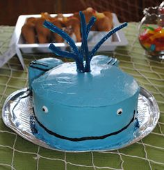 Forever The Hostess: How To: Wally the Whale Cake