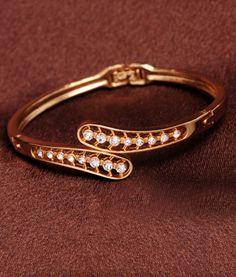 Beautiful Designer Bracelet #elegance #bracelets #festivefeel