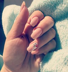 #puurfection #nails #diamondnails #crystalnails