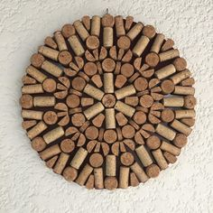 Wine Cork Crafts, Wine Bottle Crafts, Cork Wall, E Design, Diy And Crafts, Projects, Corkboard Crafts, Bottle Cap Crafts, Home Craft Ideas