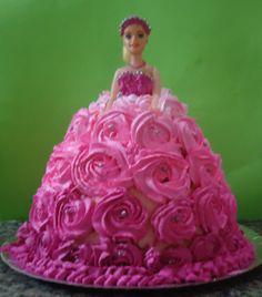 Primeiro bolo boneca :/