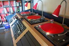 Dj Setup dj console. #dj #djculture #djgear #music #turntables http://www.pinterest.com/TheHitman14/dj-culture-vinyl-fantasy/