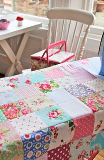 Pretty girls traditional patchwork quilt top. I should make one like this too.