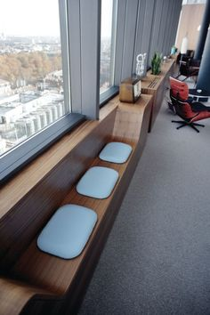 Unnamed Company – Mid-Century, Mad Men-Style Office