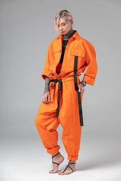 Orange one piece pantsuit, matching couple look, futuristic mechanic / pilot costume, men coverall jumpsuit, women overall Workwear Fashion, Fashion Outfits, Fashion Trends, Fashion Design, Fashion Blogs, Fashion Fashion, Rock Outfits, Edgy Outfits, Looks Hip Hop