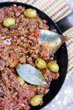 Cuban Picadillo is a scrumptious ground beef stew that you can make in 35 minute. - Cuban Picadillo is a scrumptious ground beef stew that you can make in 35 minutes. Serve it with ri - Cuban Picadillo, Picadillo Recipe, Meat Recipes, Mexican Food Recipes, Cooking Recipes, Ethnic Recipes, Dairy Recipes, Healthy Recipes, Whole30 Recipes