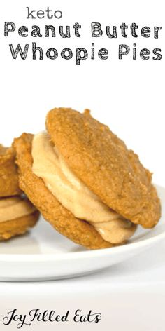 Two tender cakey cookies sandwiched with peanut butter buttercream frosting. SO good and low carb & sugar free. Keto Cookies, Peanut Butter Sandwich Cookies, Healthy Peanut Butter Cookies, Gluten Free Peanut Butter, Protein Cookies, Peanut Butter Recipes, Shortbread Cookies, Whoopie Pies, Paleo Dessert