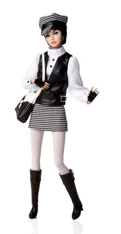 The Girl from I.N.T.E.G.R.I.T.Y Poppy, W Club 2014 upgrade doll, no edition size listed. I bought her.