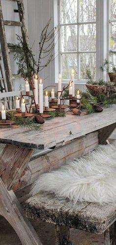 Scandinavian Christmas Decorations, Scandi Christmas, Christmas Interiors, Christmas Star, Christmas Themes, Danish Christmas, Holiday Decor, Christmas Lanterns, Christmas Centerpieces