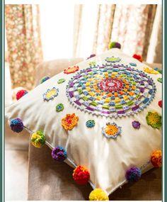 Crochet Circle Pattern, Crochet Circles, Crochet Mandala, Crochet Patterns, Knitting Patterns, Crochet Cushions, Crochet Pillow, Knit Crochet, Rope Crafts