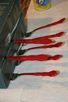 Great method to dry Plasti Dipped silverware!