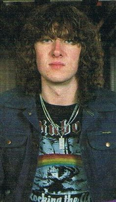 Joe Elliott-so young! Wonder if his son will look alot like him!