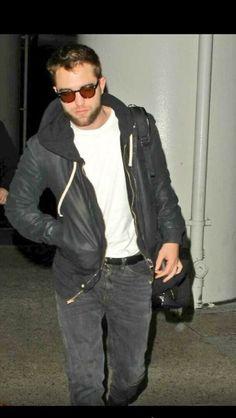 Rob arriving @ LAX 12/2/13