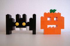 Lego ® bat and pumpkin